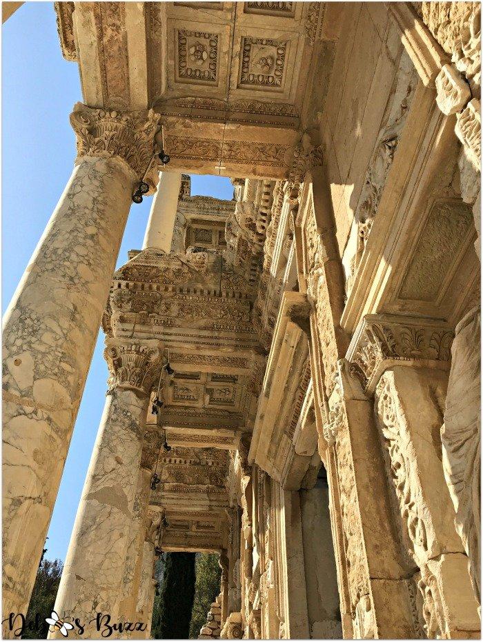 Ephesus-Turkey-Celsus-Library-looking-up