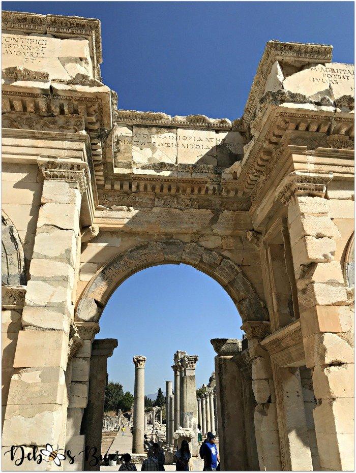 Ephesus-Turkey-arch-entrance