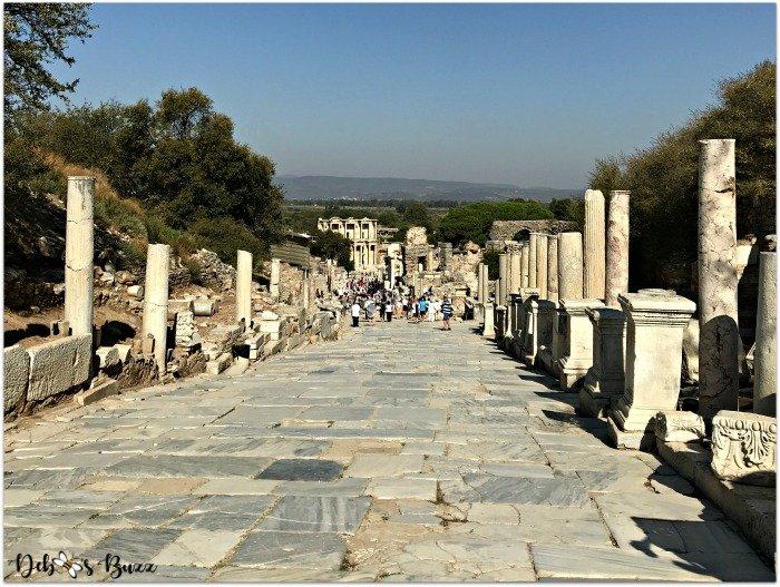 Ephesus-Turkey-column-hillside-walk