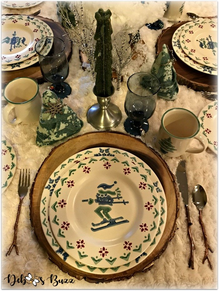winter-table-place-setting-evergreen-candlestick