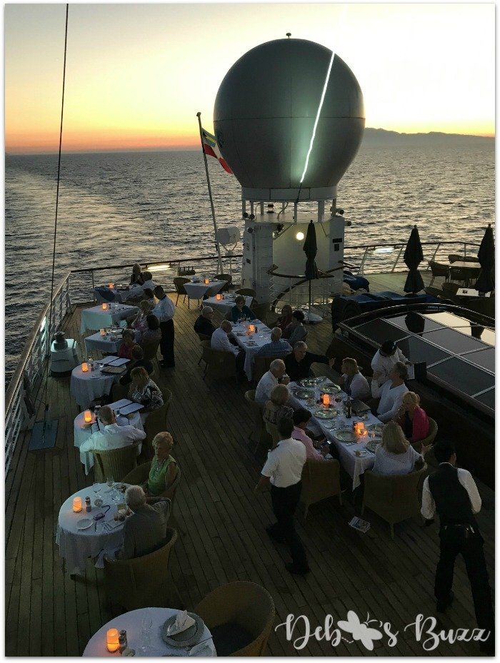 greece-cruise-Windstar-Candles-dinner-deck