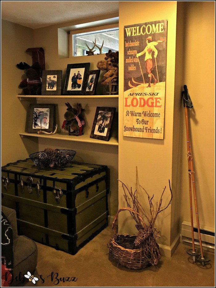 lodge-theme-game-room-ski-picture-shelves