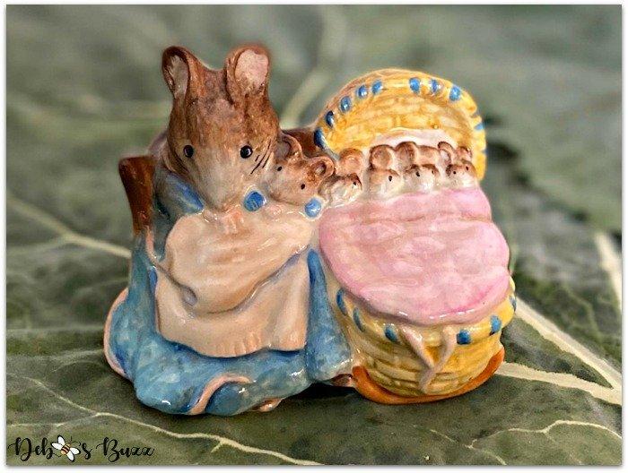 Beatrix-Potter-figurine-Hunca-Munca-mouse