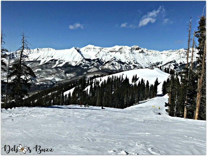 telluride-colorado-ski-vacation-mountain-slope