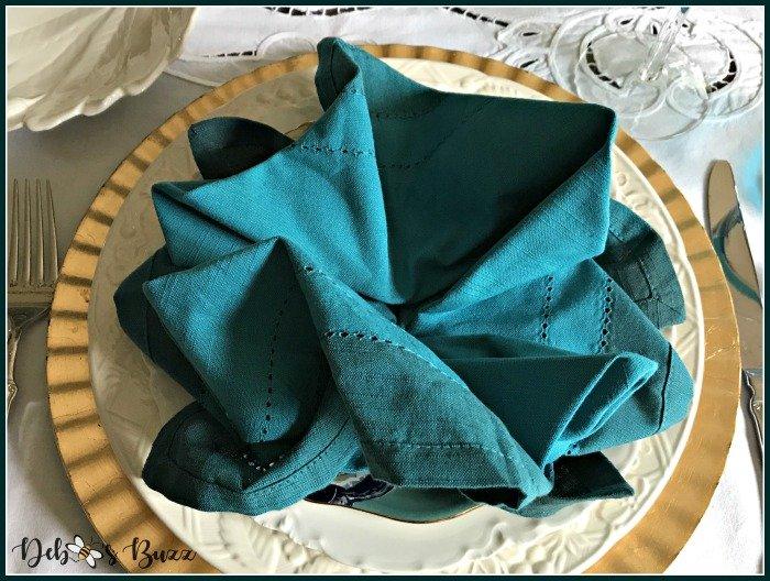 unraveled-napkin