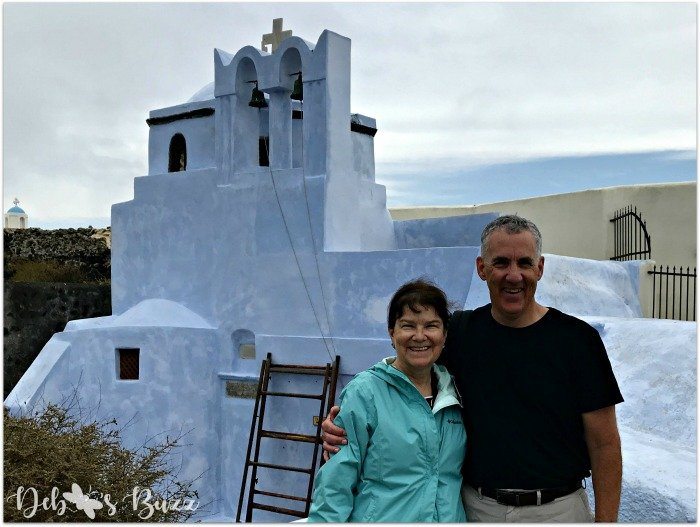 Santorini-Greece-couple-whitewash-church