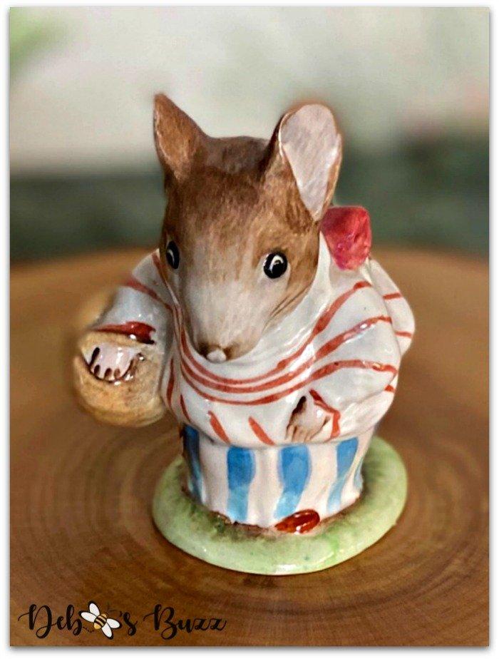 easter-beatrix-potter-figurine-Mrs-Tiddlemouse