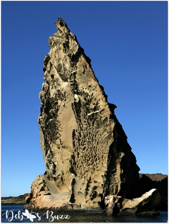 Galapagos-Islands-cruise-Bartholomew-pinnacle-rock