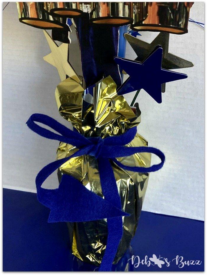 graduation-tabletop-decoration-blue-devil-tail