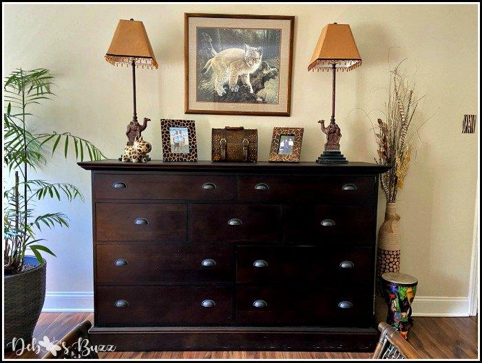 safari-bedroom-mule-chest