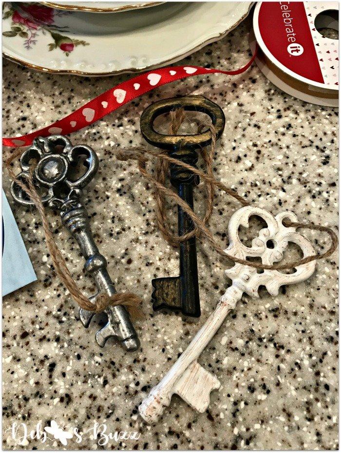 alice-in-wonderland-party-favor-keys