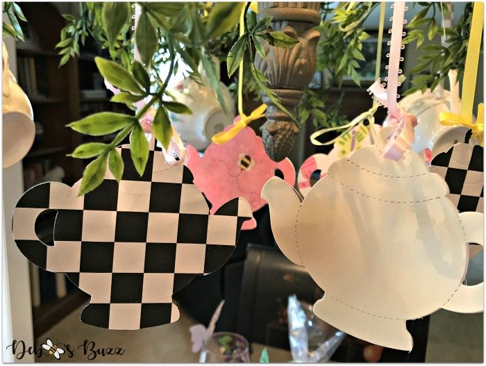 decorated-chandelier-paper-cutout-teapots