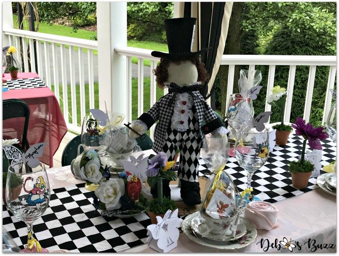 Alfresco Alice in Wonderland Unbirthday Party Tables