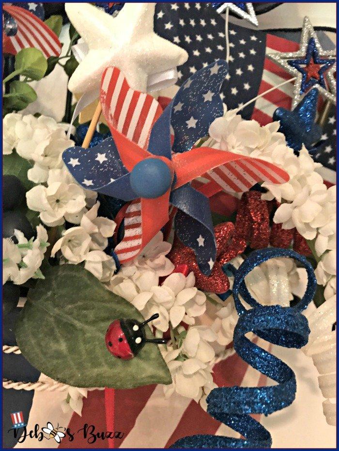 Independence-Day-wreath-mini-pinwheel-