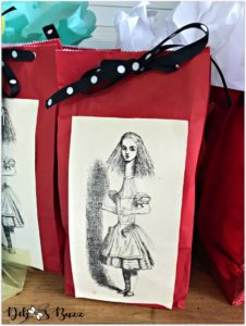 alice-in-wonderland-wrapped-gift