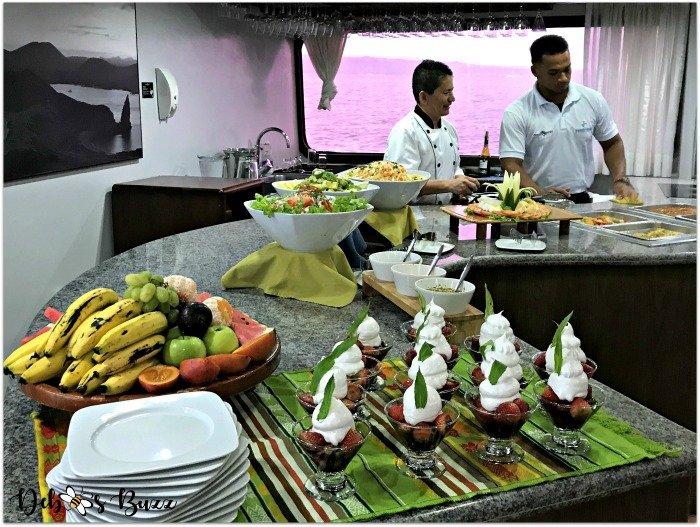 galapagos-cruise-Ocean-Spray-lunch-buffet