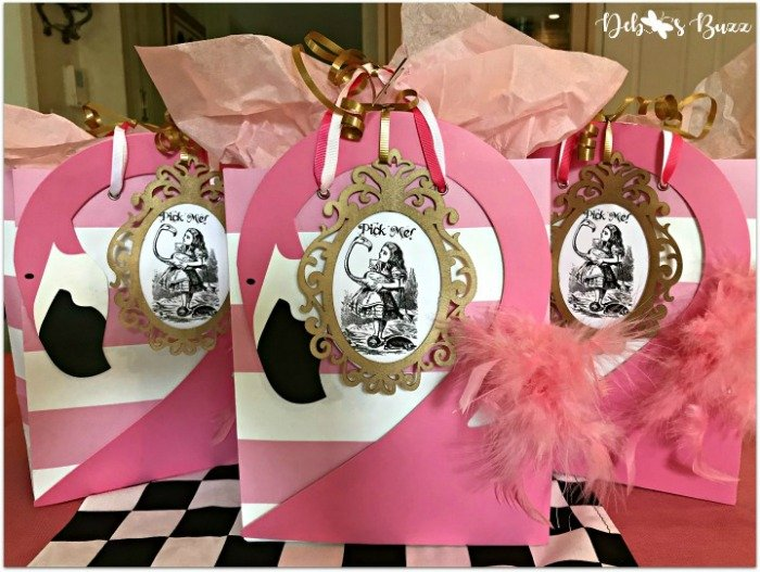 trio-flamingo-gift-bags-favorite-things