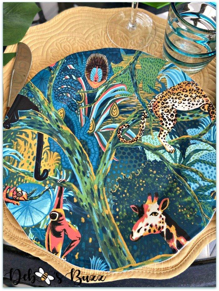 scalloped-melamine-jungle-print-plate