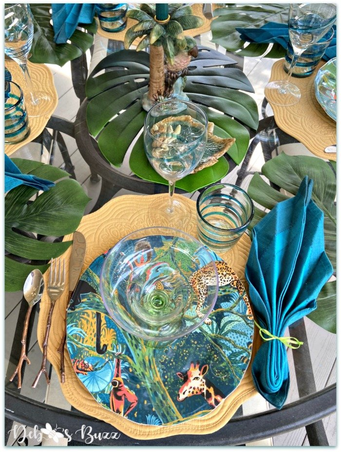 summer-palms-jungle-table-place-setting