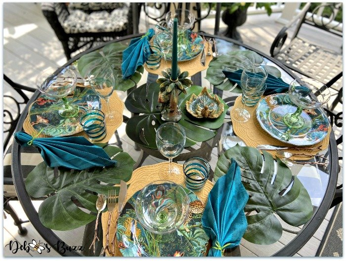 summer-jungle-table-overhead-view
