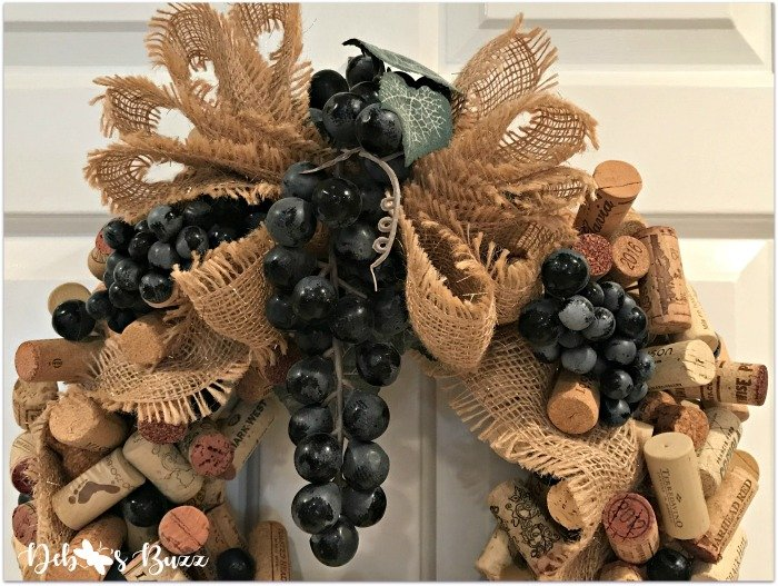 Wine Cork Wreath DIY Tutorial