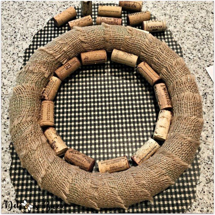 wine-cork-wreath-inner-ring