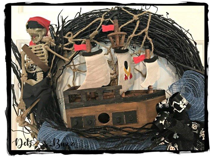 diy-Halloween-sunken-shipwreck-pirate-wreath