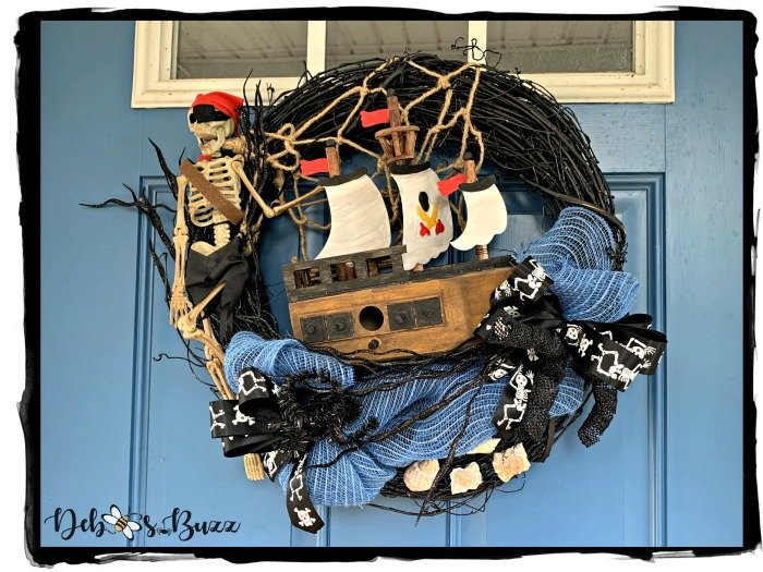 sunken-shipwreck-Halloween-pirate-wreath