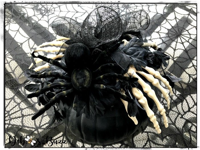 spider-skeleton-hands-embellished-black-pumpkin-decor