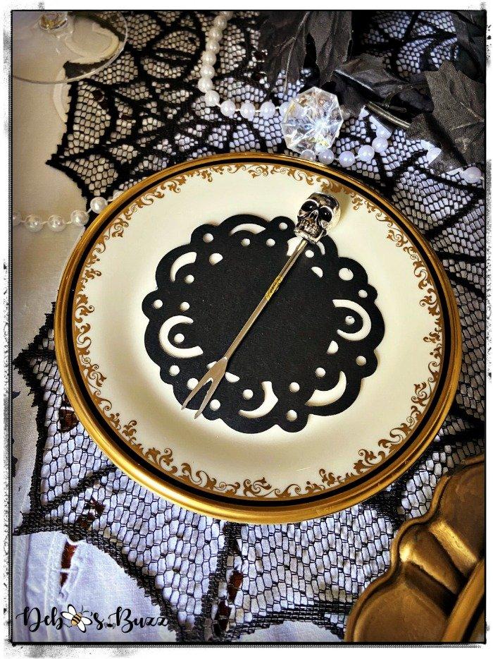 Halloween-gothic-glam-skeleton-appetizer-fork