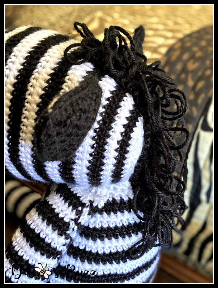 crochet-loop-stitch-zebra-mane