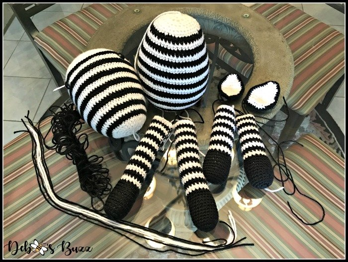 crochet-zebra-body-parts