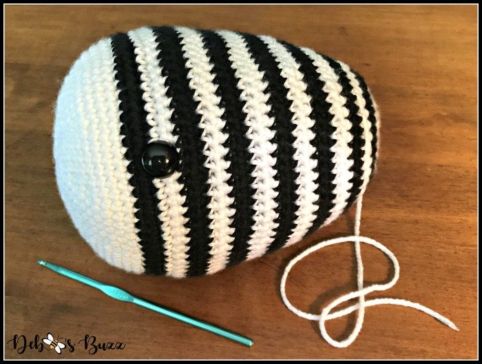 crochet-zebra-stuffed-head-safety-eye