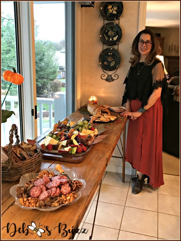 thanksgiving-hors-d'oeuvre-groaning-board