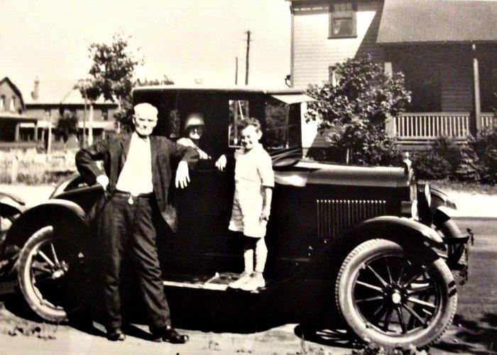 dad-model-A-car
