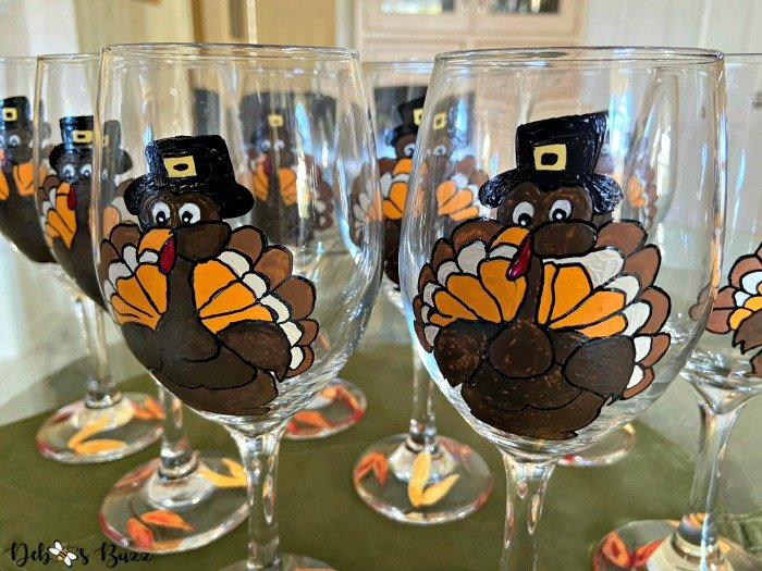 diy-painted-thanksgiving-turkey-glasses-table-favors