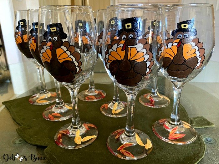 rafter-flock-painted-Thanksgiving-turkey-glasses-stems