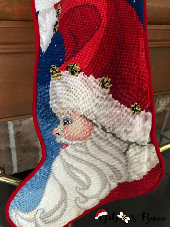 needlepoint-stocking-Santa-Claus-collection