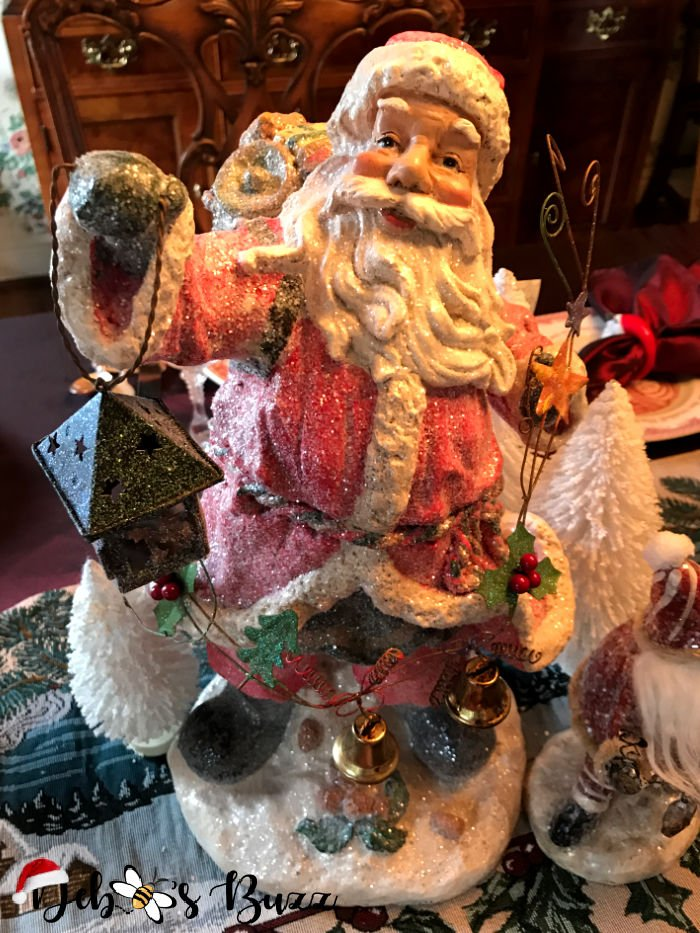 old-world-style-Santa-Claus-collection