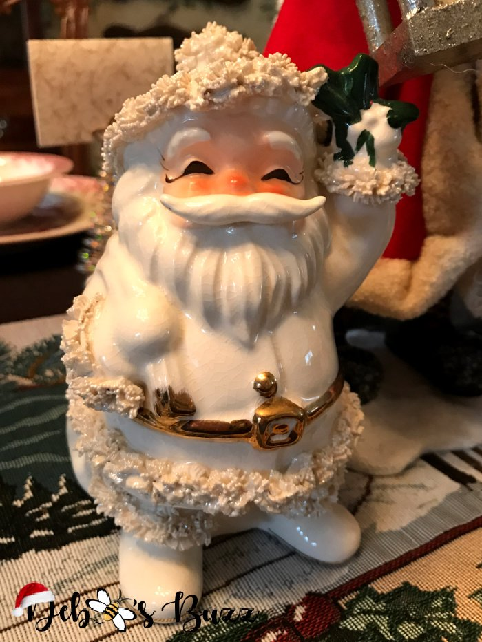 vintage-spaghetti-trim-planter-white-Santa-Claus-collection