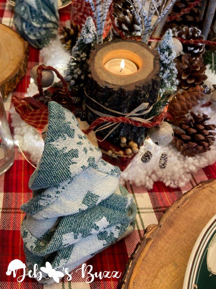 winter-woodland-tablescape-Christmas-tree-shape-napkin-fold