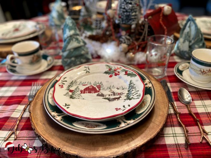 winter-woodland-tablescape-charger-plate-stack