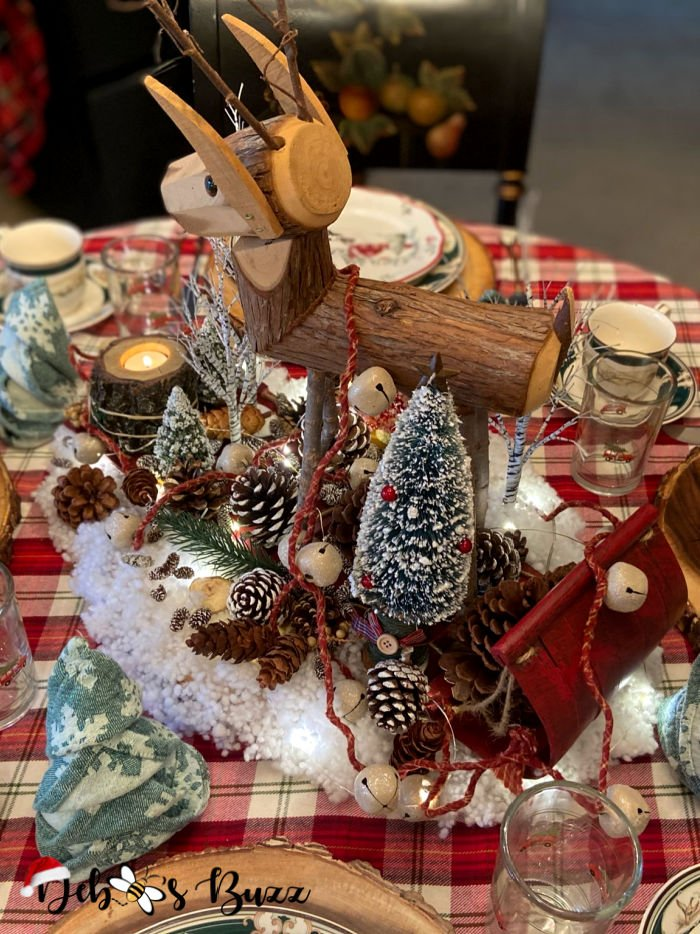 winter-woodland-tablescape-deer-centerpiece