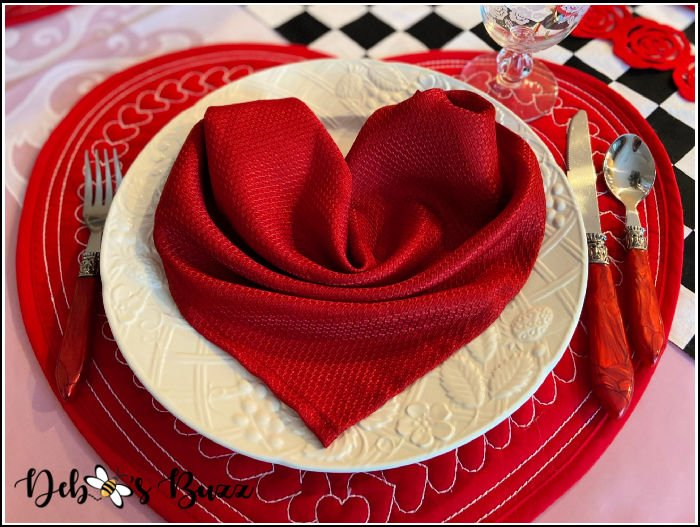 Romance & Red Roses Reign on Sweetheart Table
