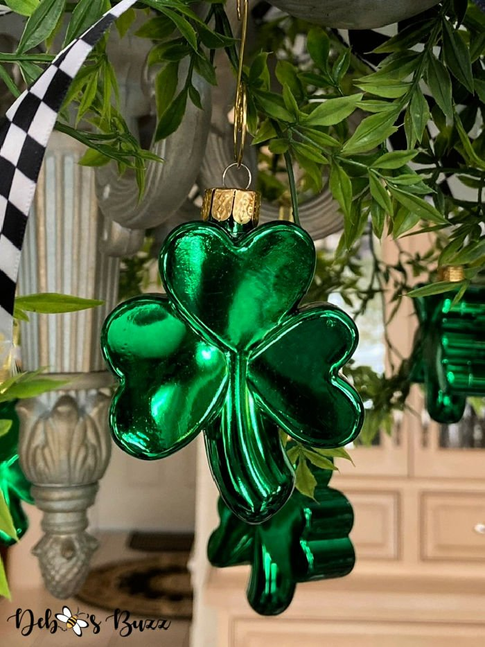 St.-Patrick's-Day-shamrock-ornament