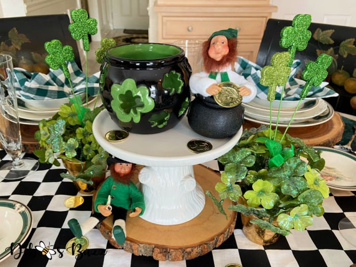 14 Stylists Share St. Patrick's Day Table Setting Ideas