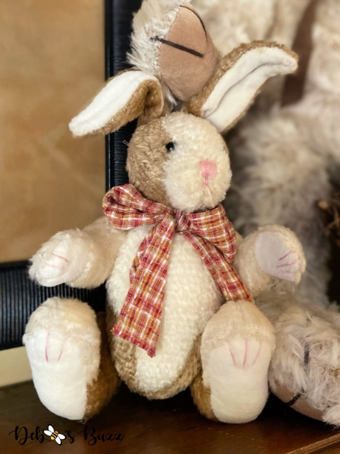 vintage-country-style-stuffed-Easter-bunny