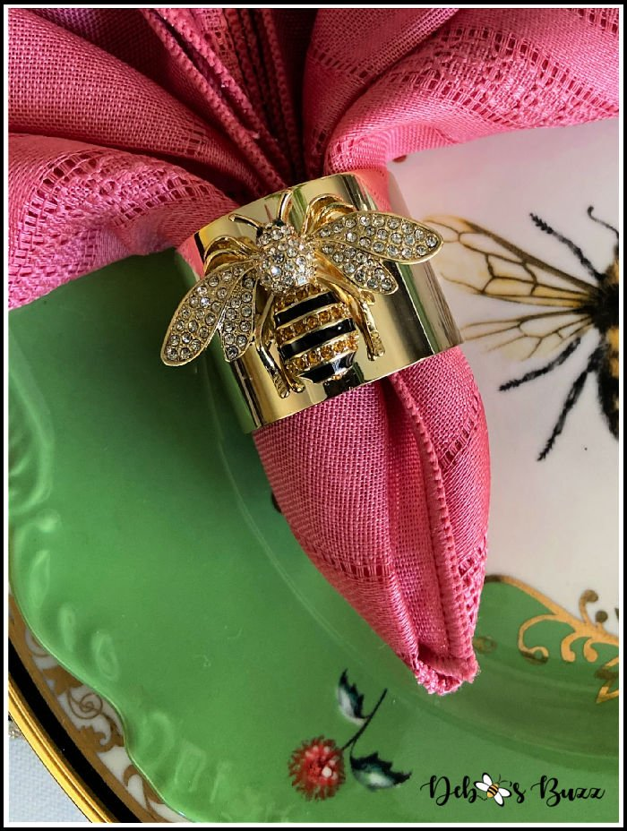 elegant-bee-napkin-ring
