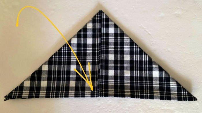 Bee-shape-napkin-fold-step-2-triangle