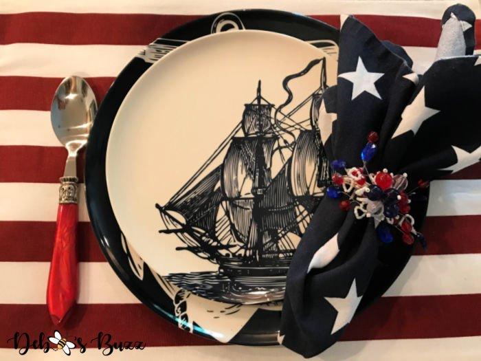 patriotic-decor-schooner-place-setting